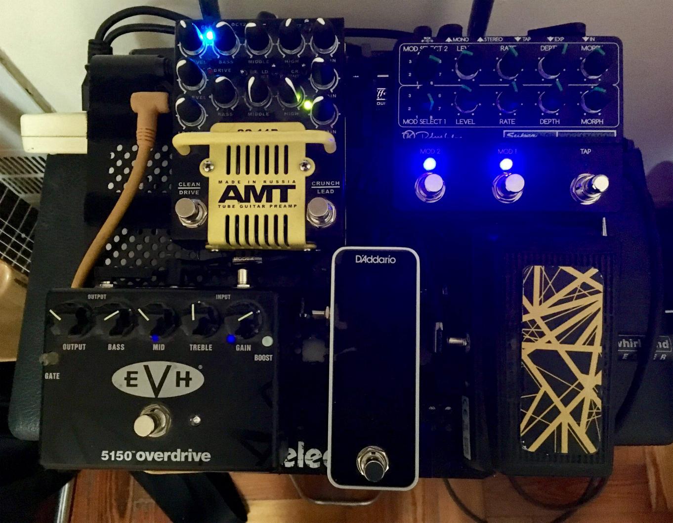 pedalboard_Oct2018.jpg